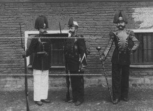 Образцы исторических форм полка эпохи Александра II.