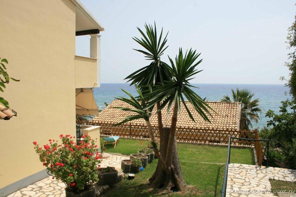 Апартамент AA2G в Menigos Resort, Глифада, Корфу