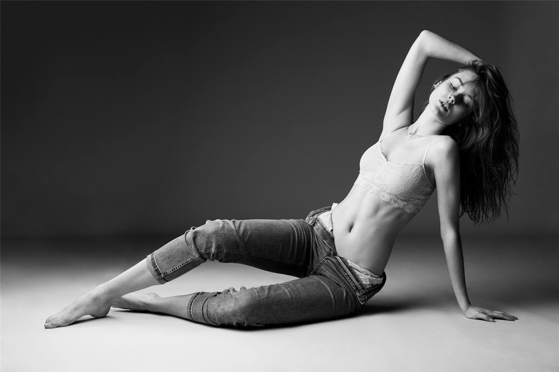 Моника Ягачак / Monika Jagaciak by Remi Kozdra & Kasia Baczulis in Viva Moda