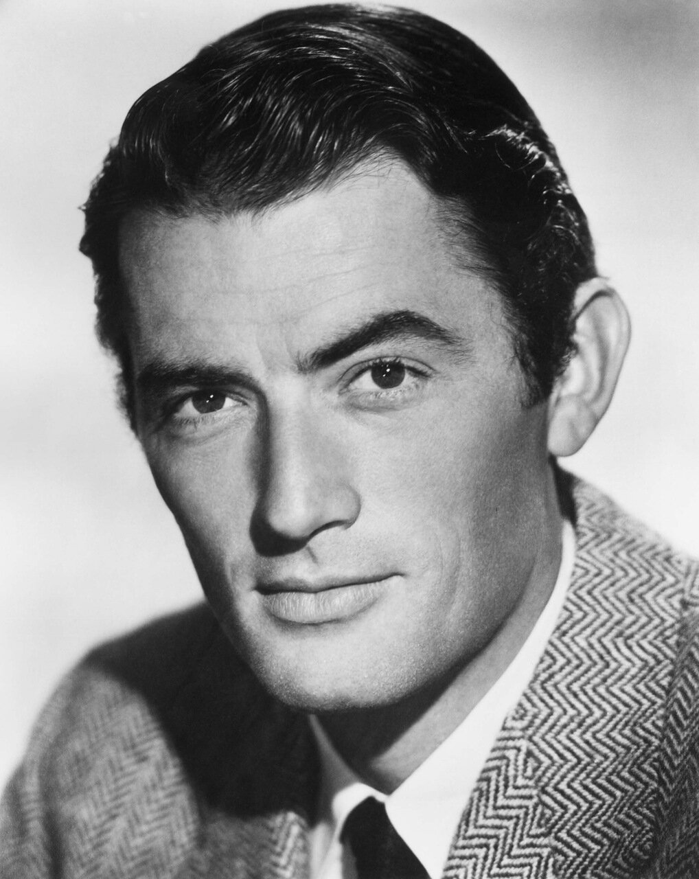circa 1955:  American actor Gregory Peck (1916 - 2003).  (Photo by American Stock/Getty Images)