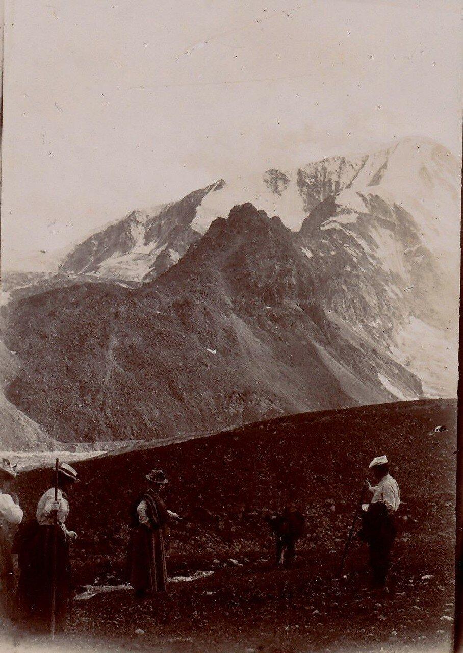 Вид на гору Пинь д'Арола