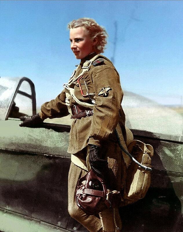 Лидия Владимировна Литвяк (18.08.1921 — 01.081943) — Герой Советского Союза, гвардии младший лейтенант, лётчик-истребитель, командир звена 3-й эскадрильи 73-го Гвардейского истребительного авиационного полка. 1943.jpg