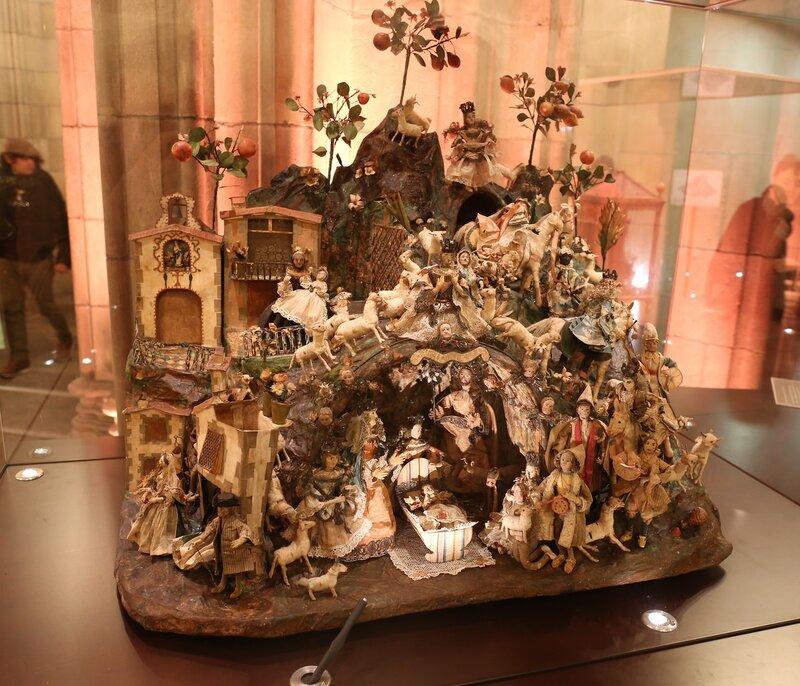 Barcelona. The government Palace of Catalonia. Exhibition of Italian ceramics. Palacio de la Generalidad. Barcelona. Italian ceramic exhibition
