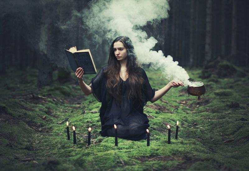 Ведьма-ведунья  Ты обладаешь выразительной мимикой и колдовским красноречием. Скорее