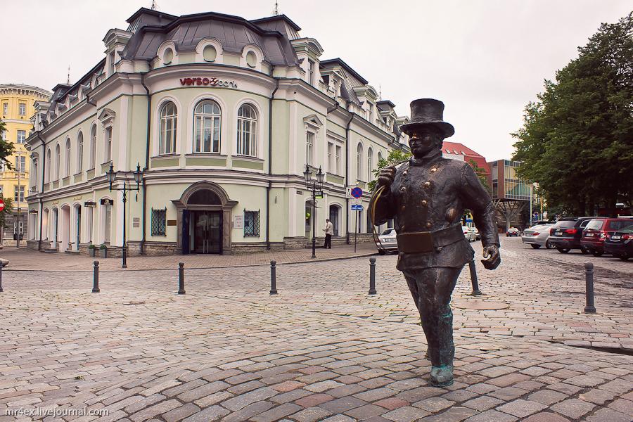 Эстония, Таллин, Скульптура Счастливый трубочист