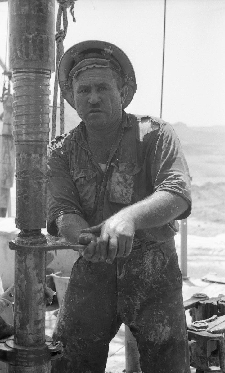 51. Работники нефтяной промышленности, Иран, 1958