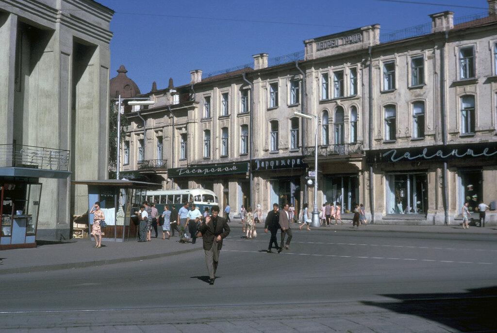 Irkutsk, downtown street scene