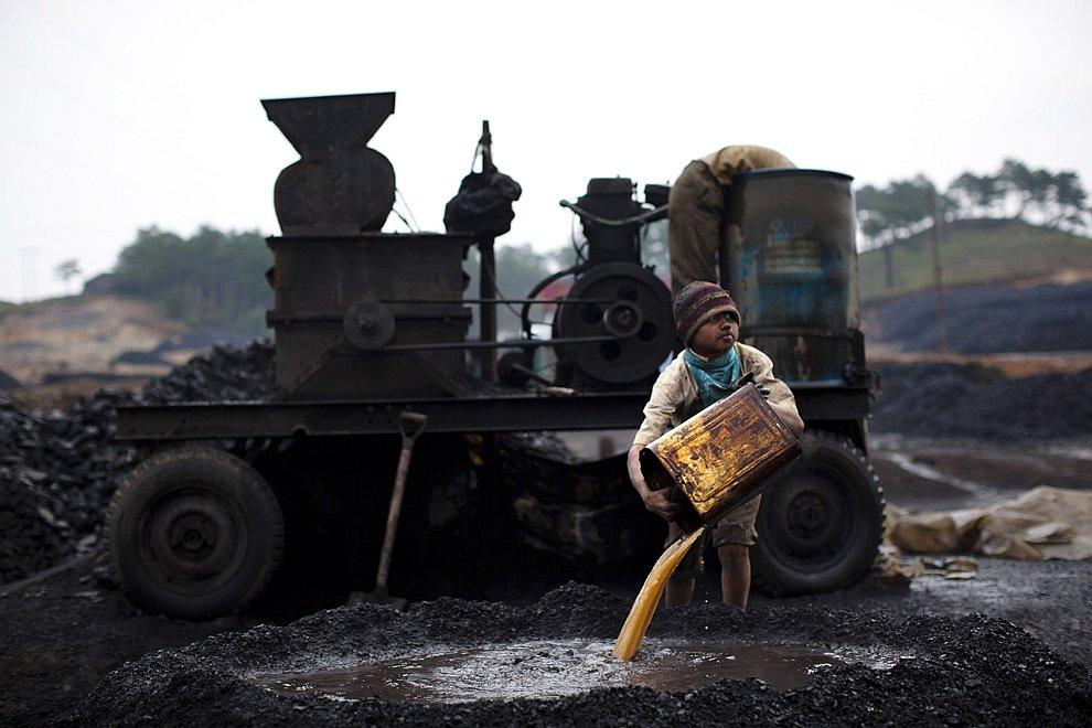 В мире подземелье познавательно работа уголь