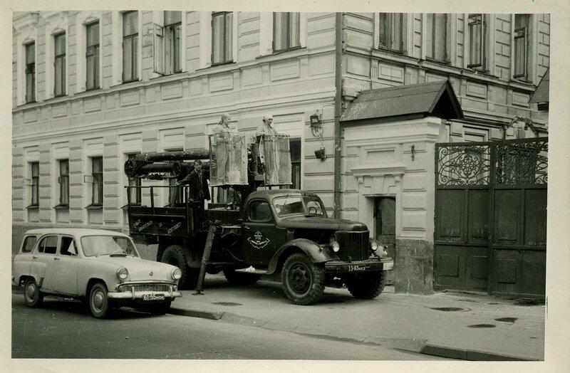 349025 _Моссветстрой_ за работой. Бакунинская ул., 54 65-75.jpg