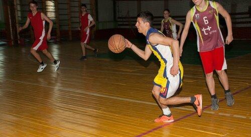 02 Баскетбол апрель 2018 NIKON D60.jpg