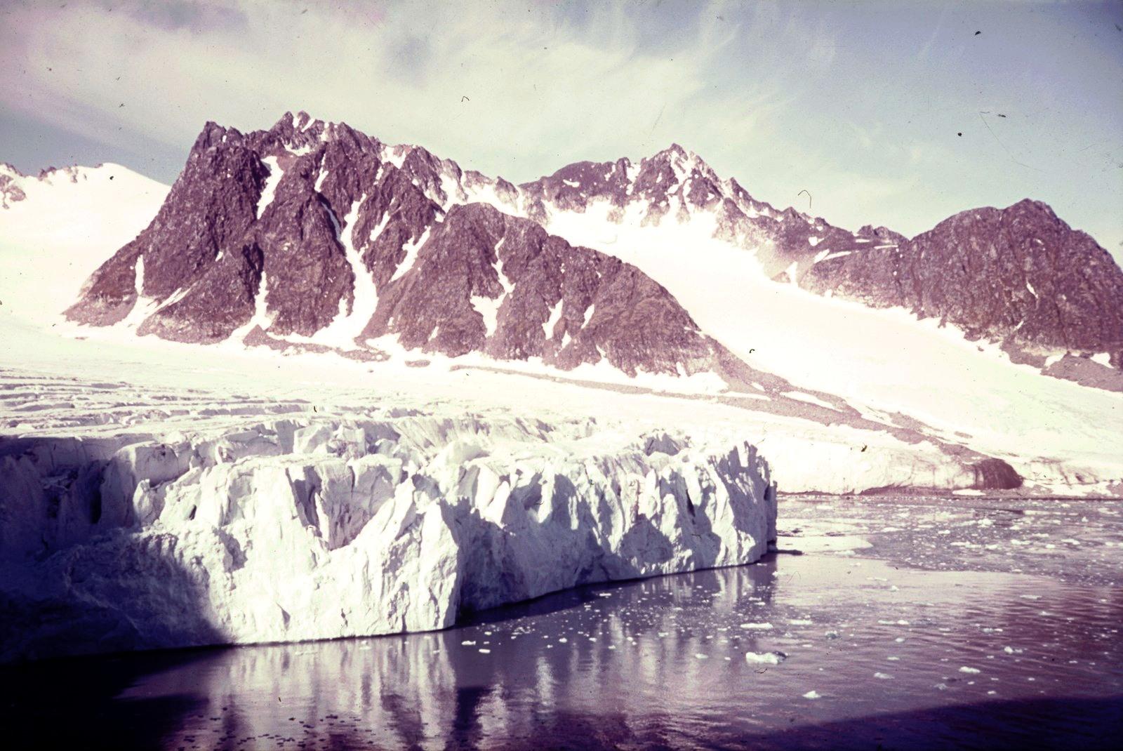 Шпицберген. Бухта Магдалена. Ледник