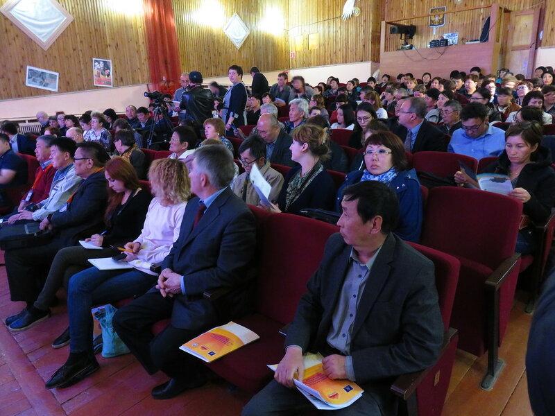 Общественные слушания по монгольским ГЭС (село Еланцы Иркутской области, 17.05.2017). Фото: Александр Колотов
