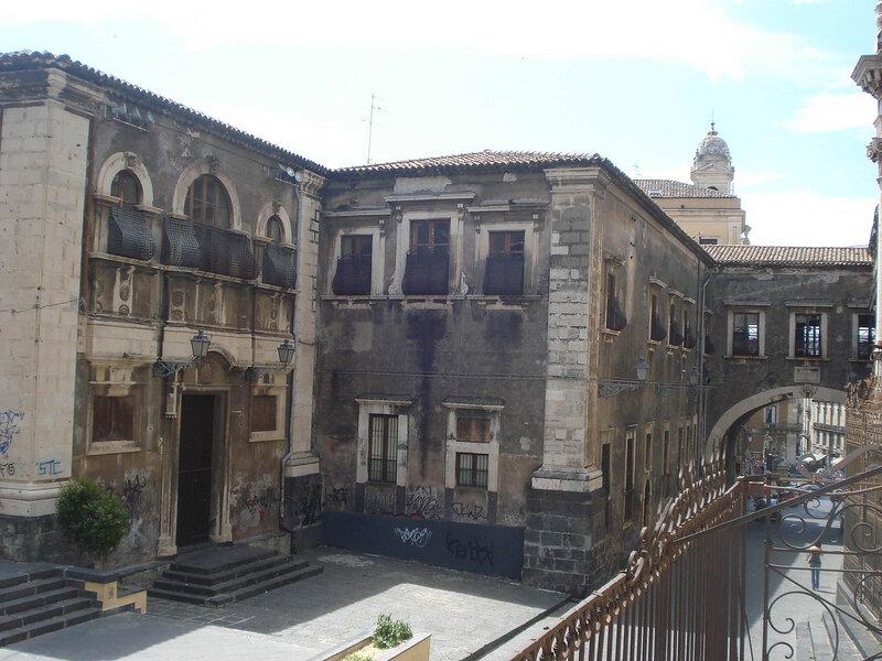 004-арка Сан-Бенедетто.jpg