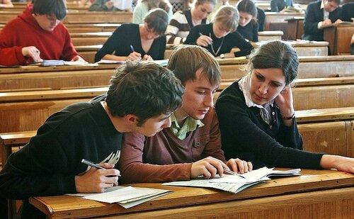 В молдавских вузах не хватает студентов