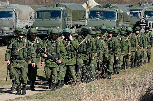 """""""В Крыму всегда было много военных"""": Россияне неудачно попытались оправдать наращивание сил на полуострове"""