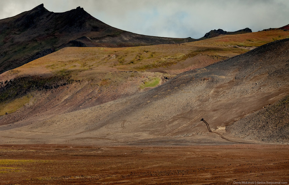 5. Приблизительно 40 тысяч лет назад постоянные извержения опустошили подземный очаг настолько,