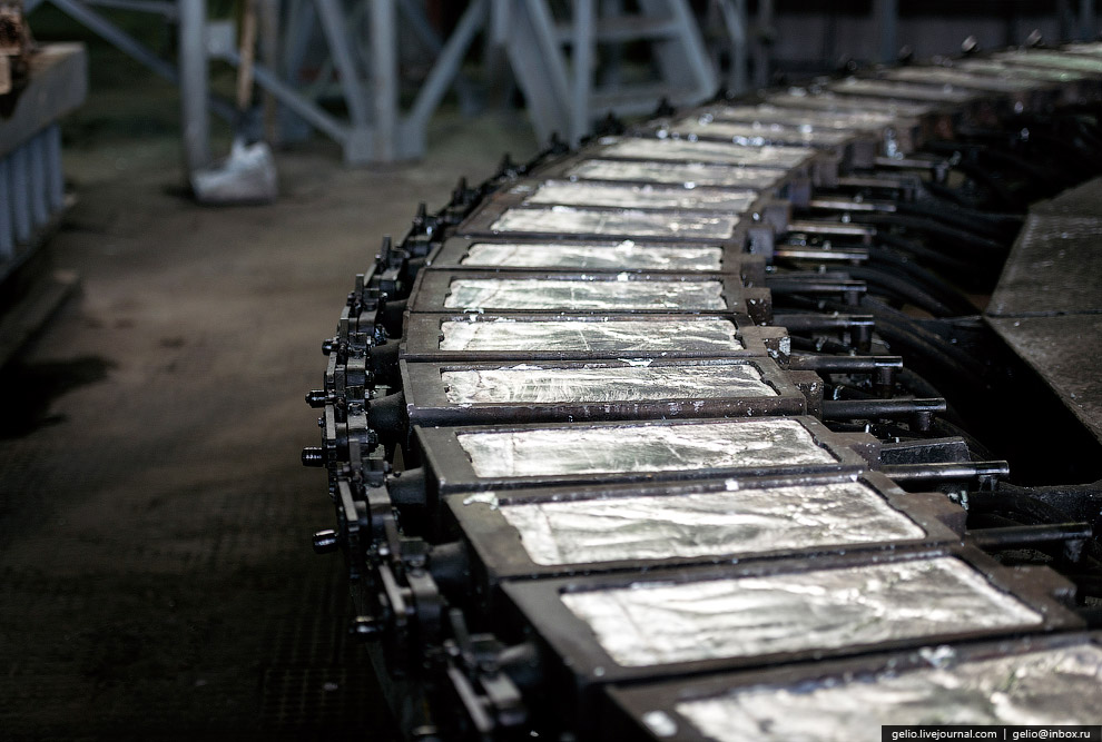35. Введение в эксплуатацию комплекса «Вельцпечь № 5» позволило заводу дополнительно перерабаты