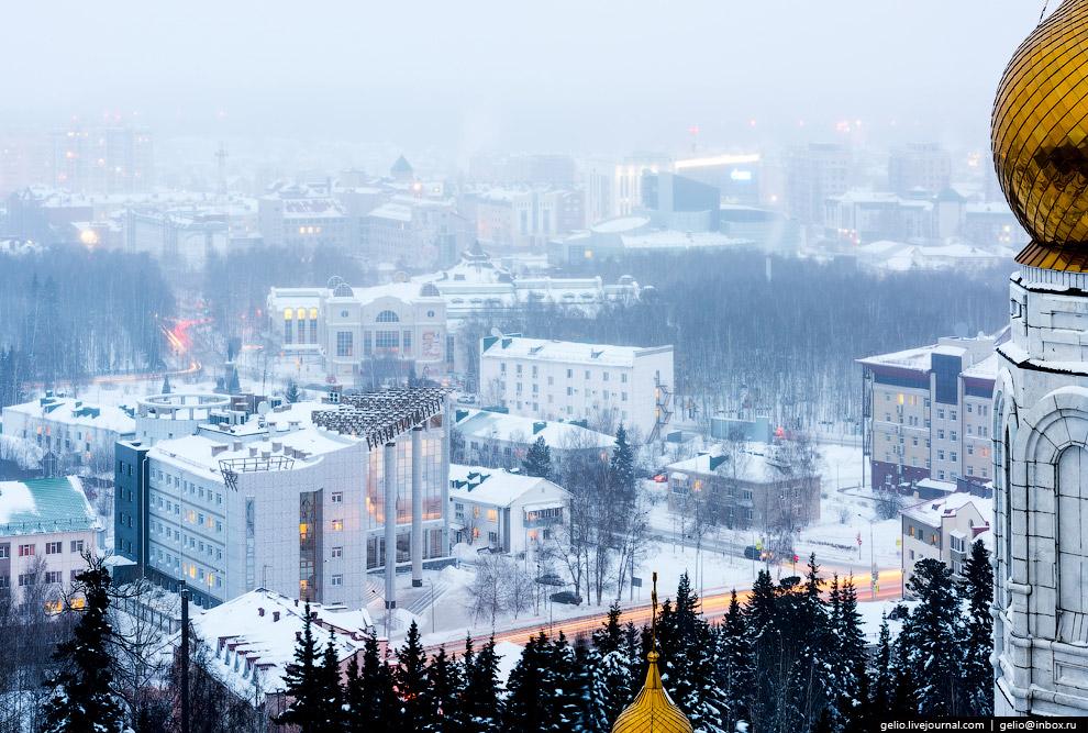 19. Доля коренных народов Ханты-Мансийска (хантов и манси) по данным переписи 2010 года составл