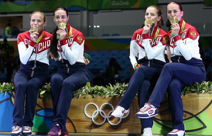 Команда саблисток принесла сборной РФ 6-ю золотую медаль Олимпиады