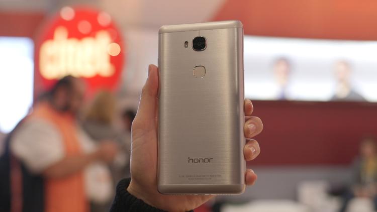 Huawei представила общедоступный Honor 6X сдвойной камерой ипроцессором Kirin 655