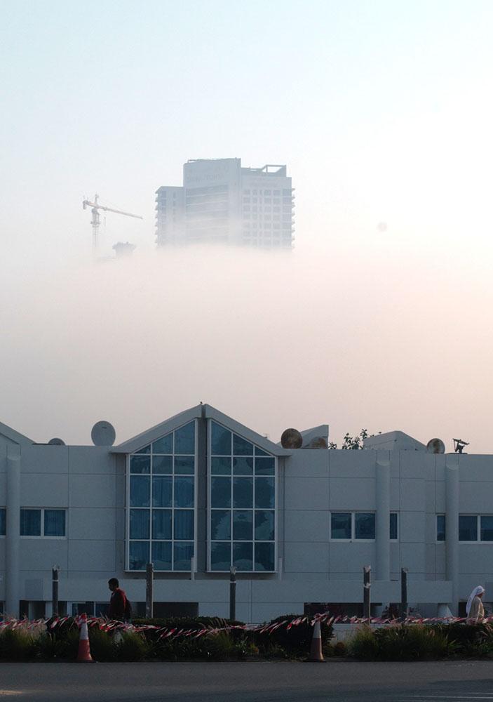 Фотография 24. Дом в облаках. Съемка на камеру Nikon D300s и объектив Nikon 70-200mm f/2.8G. 200, F10; 1/1000 s., экспокоррекция: +0,3