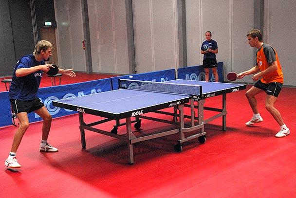стол для настольного тенниса.jpg