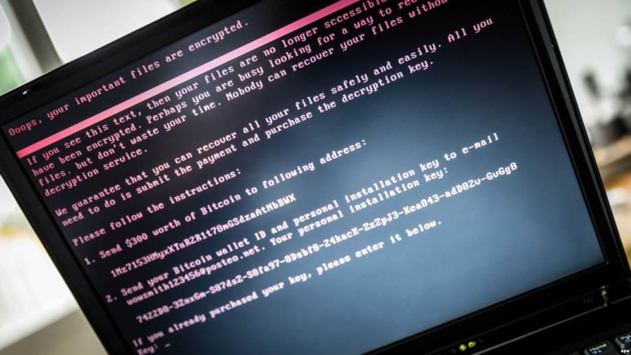 Трамп продолжил санкции против России за кибератаки на США