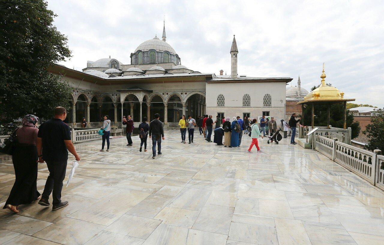 Стамбул, Топкапы. Терраса Софа-и Хюмайун (Sofa-i Hümâyun)