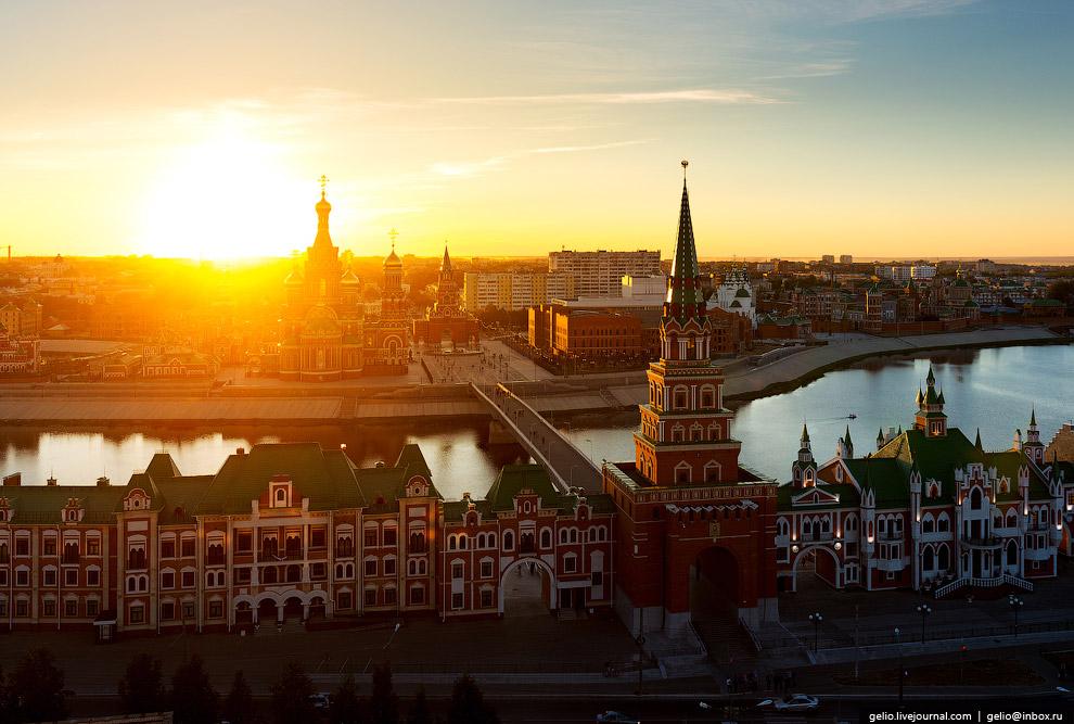 4. От Москвы до Йошкар-Олы по прямой около 650 километров. Но жителям марийской столицы не обяз
