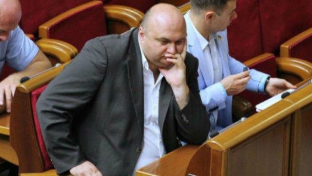 Губернатор-миллионер Корнийчук получал пособие побезработице,