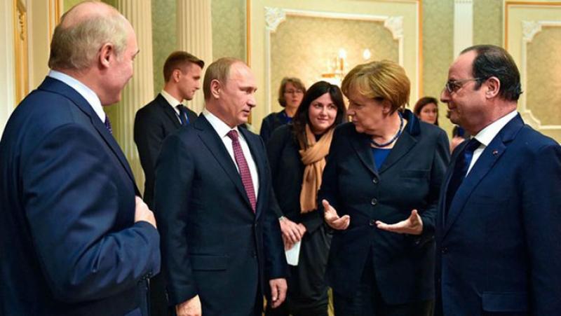 После разговора В. Путина сМеркель Нормандская четверка едет вБерлин