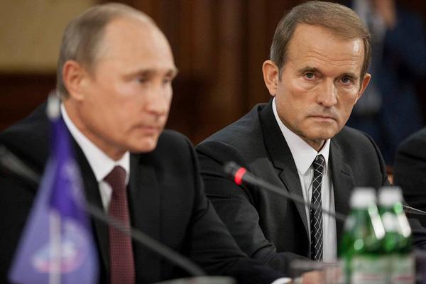 Медведчук считает, что его дружба сПутиным помогает Украине