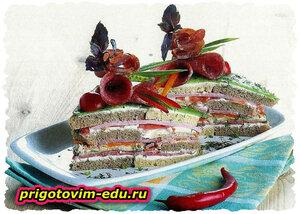 Закусочный торт с ветчиной и копчёной колбасой