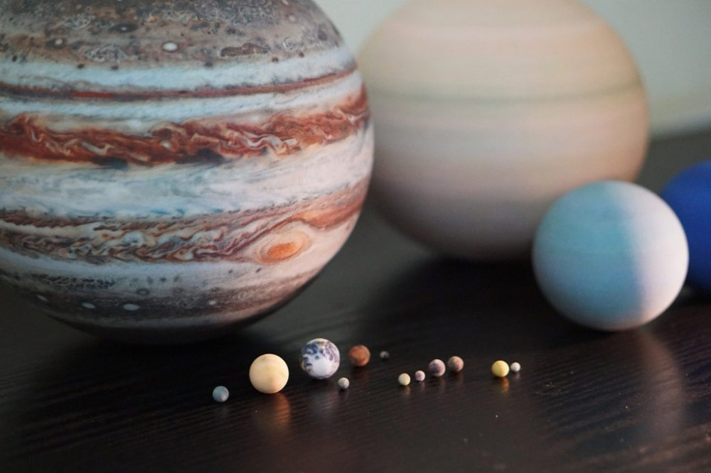 3D-Printed Solar Systems, Moons and Planets for Your Desktop (13 pics)