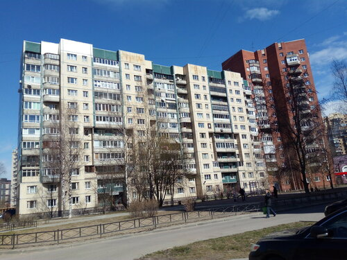 Ленинский пр. 69к1, парадные 1-2