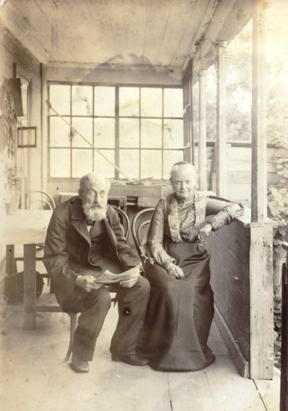 Глафира Дмитриевна Мяздрикова и Александр Иванович Мяздриков. 1907