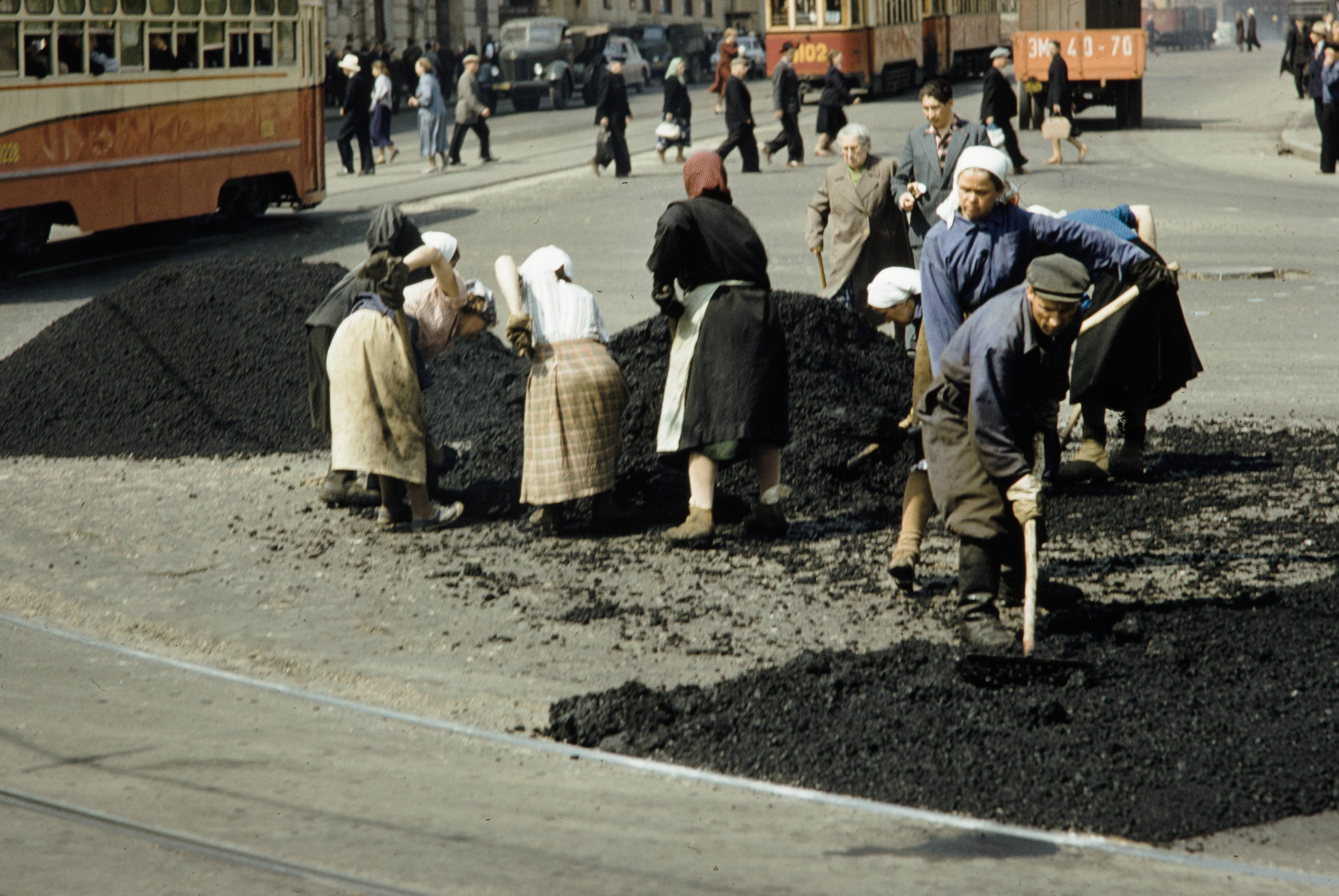 Укладка асфальта на Каланчёвской улице