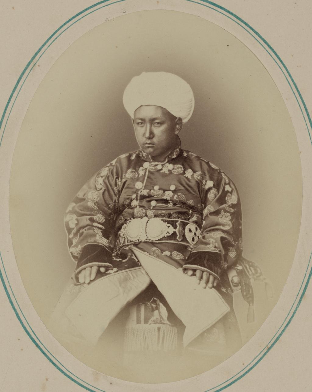 Мадамин-бек, второй сын кокандского хана