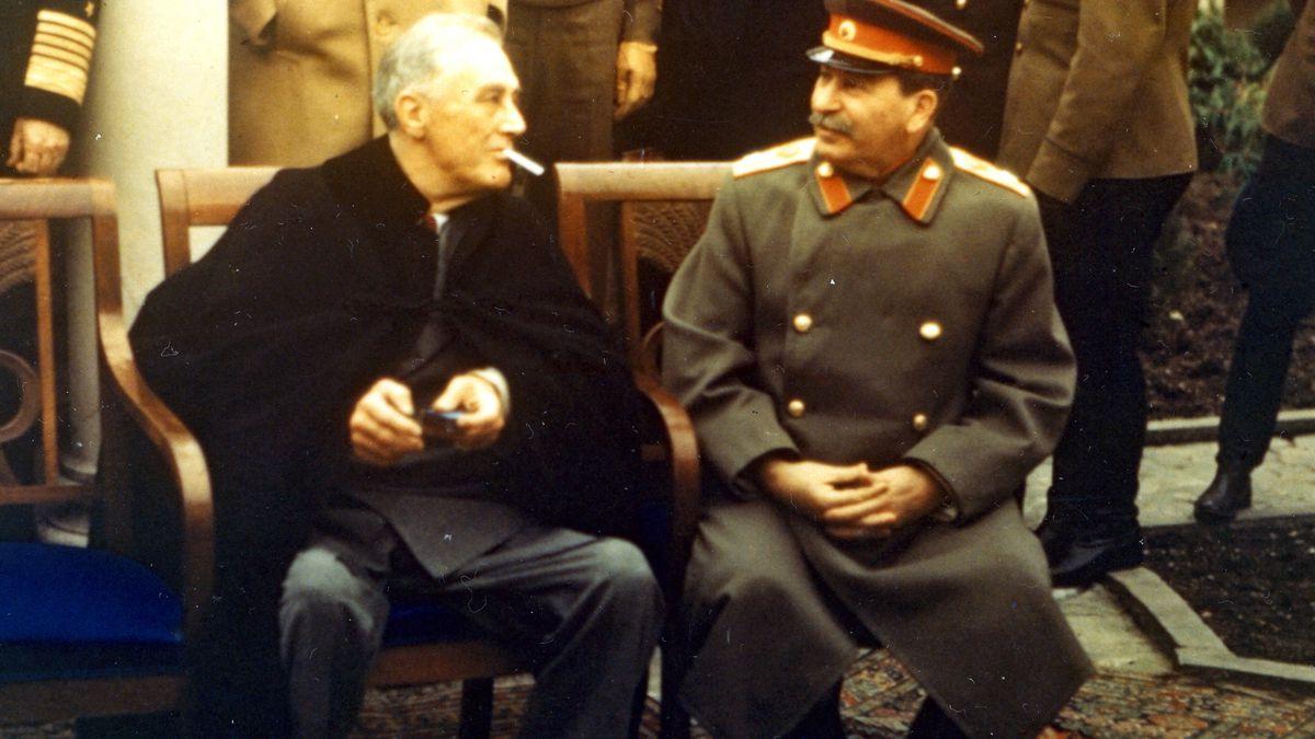 Ф.Д.Рузвельт и И Сталин во время официальной съемки